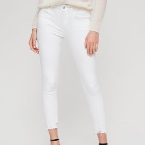 Aritzia AGolde Sophie crop sanction jeans in white